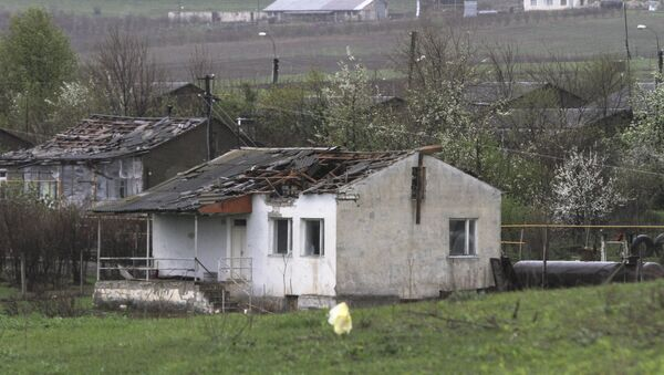 A house which was damaged during clashes between Armenian and Azeri forces, is seen in the town of Martakert in Nagorno-Karabakh region, which is controlled by separatist Armenians, April 3, 2016. - Sputnik Srbija