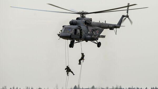 MI 8AMTSh teretni i vojni helikopter Terminator na vojno-tehničkom forumu ARMY-2015 u Moskvi - Sputnik Srbija