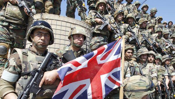 Libanski vojnici sa zastavom Velike Britanije - Sputnik Srbija