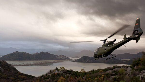 Helikopter  iznad Skadarskog jezera - Sputnik Srbija