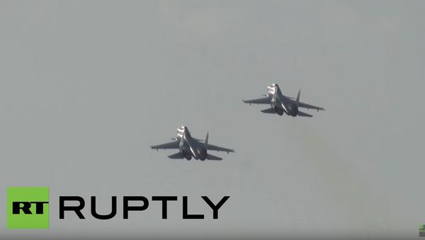 Руски ловци Су-30 СМ - Sputnik Србија