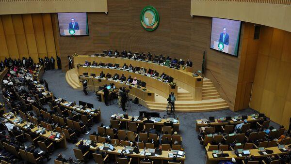 Sekretar UN Ban Ki Mun za govornicom - Sputnik Srbija