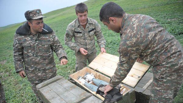 Pripadnici karabaške vojske na pozicijama u zoni sukoba u Nagorno-Karabahu - Sputnik Srbija