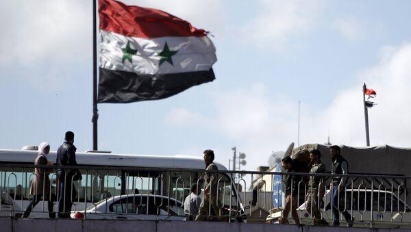 Sirijska zastava se vijori u Damasku - Sputnik Srbija