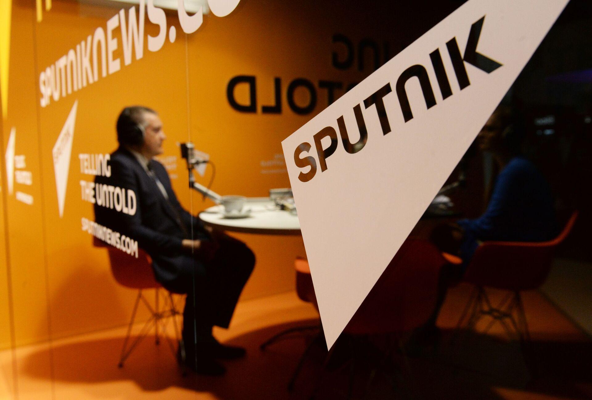 Сад је званично: Брисел гуши Спутњик у Србији јер је слободан, утицајан и важан - Sputnik Србија, 1920, 25.03.2021