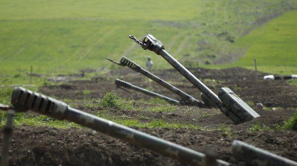 Јерменска артиљерија у зони сукоба у Нагорно-Карабаху - Sputnik Србија