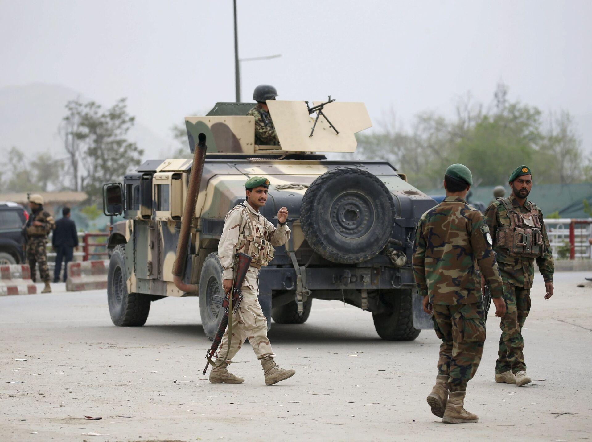 Авганистанска војска стиже на место експлозије аутомобила-бомбе у Кабулу - Sputnik Србија, 1920, 21.08.2021