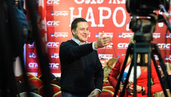 Potpredsednik Socijalističke partije Srbije Branko Ružić daje izjavu novinarima - Sputnik Srbija