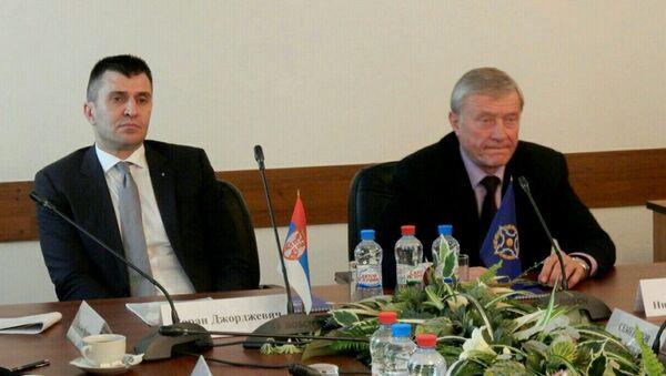 Министар одбране Зоран Ђорђевић и генерални секретар ОДКБ Николај Бордјуж - Sputnik Србија