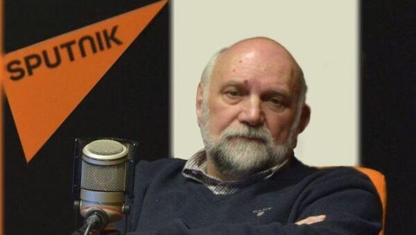 """Srđan Bogosavljević iz """"Ipsos stratedžik marketinga"""" - Sputnik Srbija"""