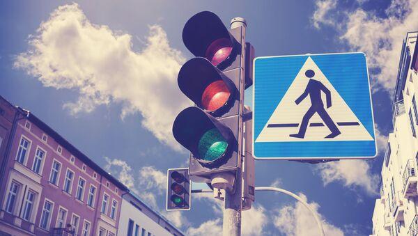 Semafor i znak za pešake - Sputnik Srbija