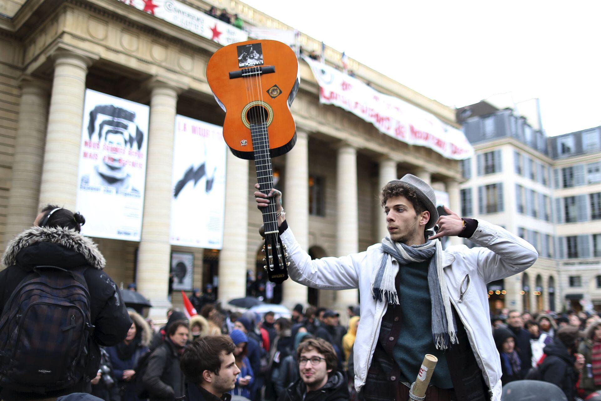 Демонстрације француских синдикалаца против новог закона о раду у Паризу - Sputnik Србија, 1920, 08.10.2021