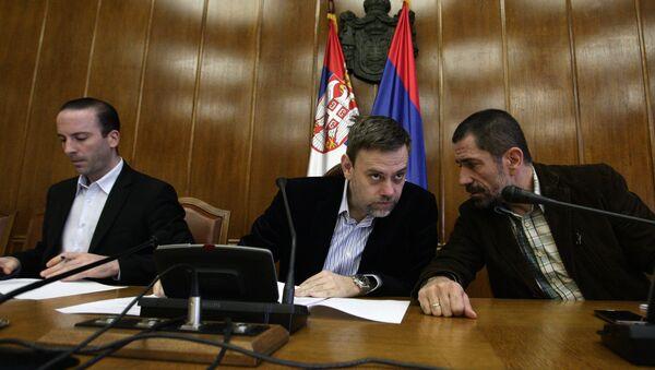 Predsednik komisije RIK Dejan Ðurđević i članovi komisije tokom sednice RIK-a - Sputnik Srbija