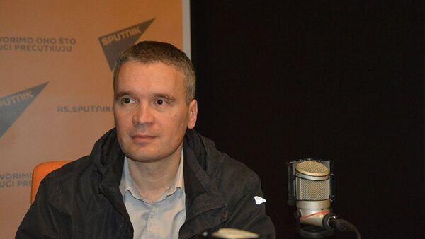 Inicijator prenosa Blagodatnog ognja Branko Vukomanović - Sputnik Srbija