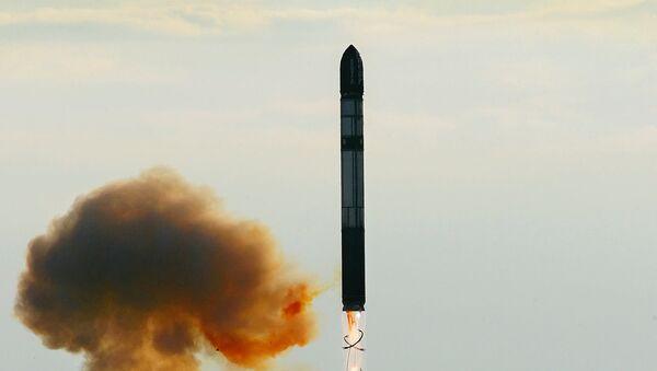 Lansiranje rakete RS-20 - Sputnik Srbija