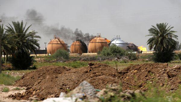 Бомбашки напад на фабрику плина, Ирак - Sputnik Србија