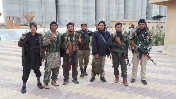 Слика припадника терористичке организације ДАЕШ - Sputnik Србија
