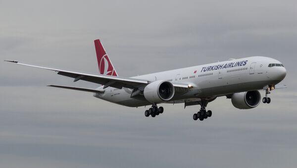 "Авион ""Туркиш ерлајнса"" ""боинг 777-300"" - Sputnik Србија"