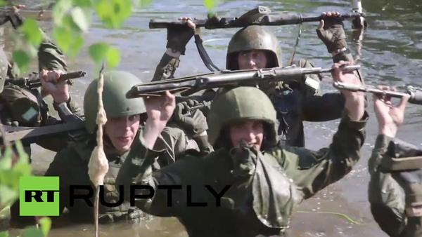 Russia: Recruits undergo grueling tests to enter elite National Guard of Russia - Sputnik Srbija