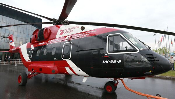 Хеликоптер Ми-38 на 9. Међународном сајму хеликоптера ХелиРусија 2016. - Sputnik Србија