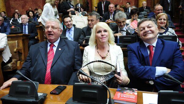 Повратак отписаних: Војислав Шешељ, Наташа Јовановић и Милован Бојић - Sputnik Србија