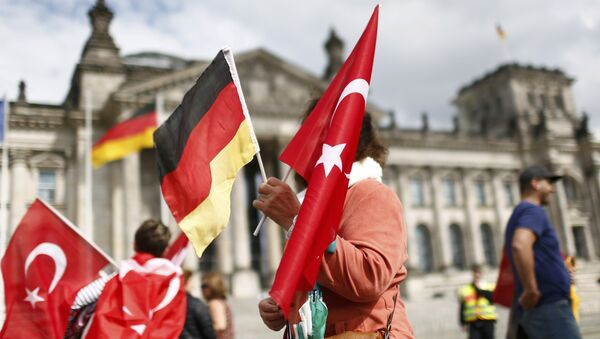 Zastave Turske i Nemačke - Sputnik Srbija