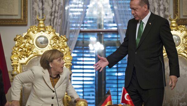 Redžep Tajip Erdogan i Angela Merkel - Sputnik Srbija