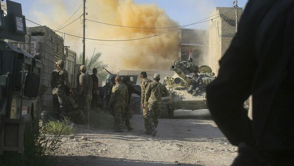 Vazdušni napadi koalicije predvođene SAD iračkoj Faludži - Sputnik Srbija