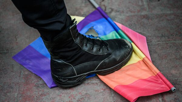 Turska policija rasterala gej paradu u Istanbulu - Sputnik Srbija