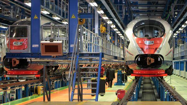 Замена мотора и сервисирање супер-брзих возова Сапсан - Sputnik Србија