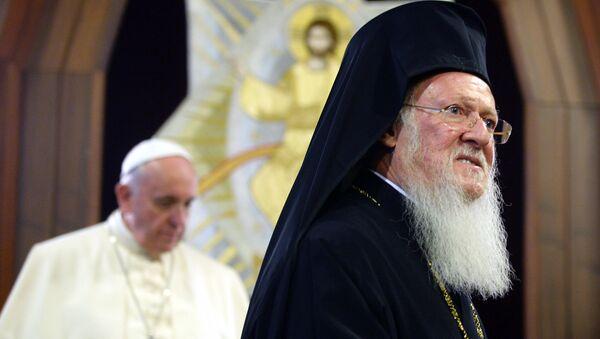 Патријарх Вартоломеј и папа Фрања - Sputnik Србија