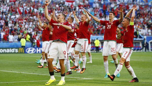 Славље репрезентативаца Мађарске после утакмице са Португалом. - Sputnik Србија