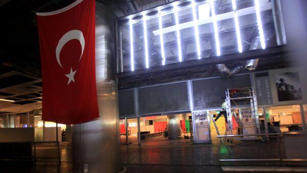 Ситуација на међународном аеродрому Кемал паша Ататурк у Истанбулу - Sputnik Србија
