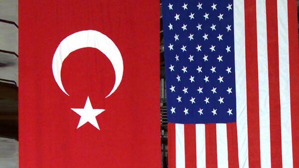 Америчка и Турска застава - Sputnik Србија