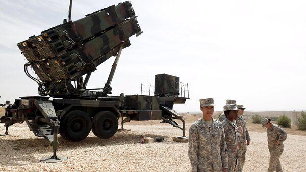Амерички војници порет ракетног система Патриот у турској војној бази у Газиантепу. - Sputnik Србија