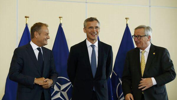 Donald Tusk, Jens Stoltenberg i Žan-Klod Junker - Sputnik Srbija