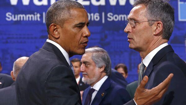 Барак Обама и Јенс Столтенберг на Самиту НАТО у Варшави. - Sputnik Србија