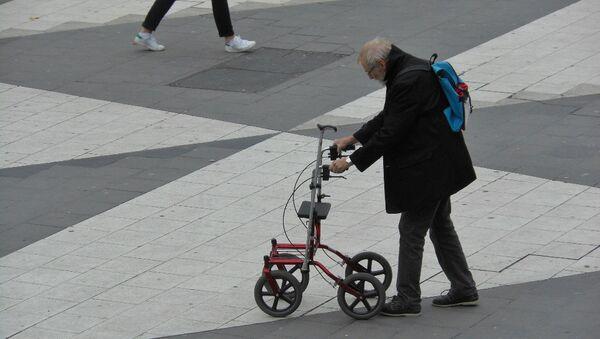 Starac u Lisabonu - Sputnik Srbija