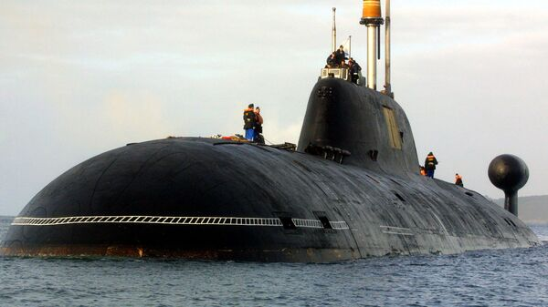 Руска нуклеарна подморница Вепр Пројекта 971 класе Штука-Б (Ајкула) у луци Брест на западу Француске. - Sputnik Србија