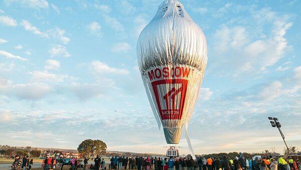 Руски авантуриста Фјодор Коњухов пре почетка лета око света у балону. - Sputnik Србија