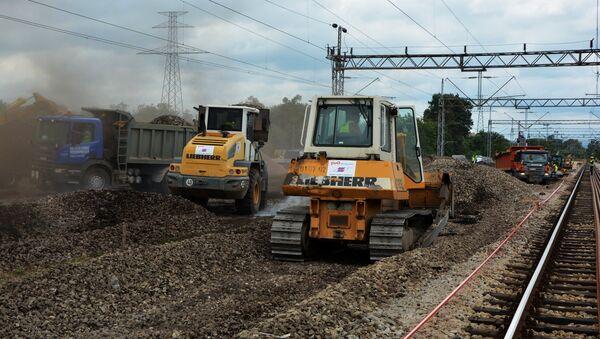 Rekonstrukcija pruge Beograd-Bar kod Vreoca - Sputnik Srbija