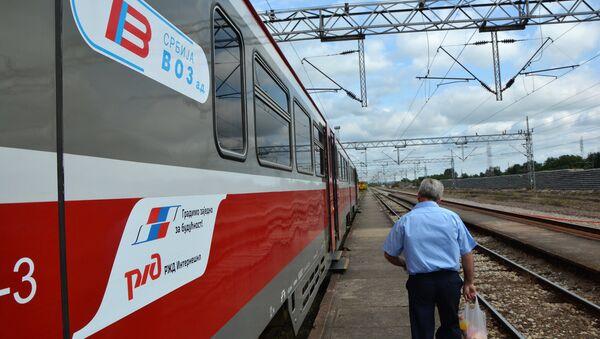 Novi voz u Vreocima - Sputnik Srbija