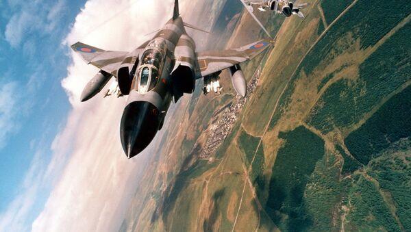 Амерички ловац-бомбардер Макдонел Даглас Ф-4 фантом  - Sputnik Србија