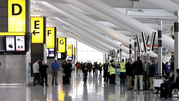 Терминал на аеродрому Хитроу, Лондон - Sputnik Србија