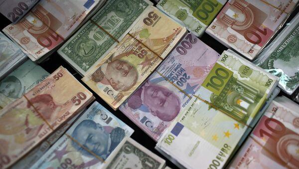 Turske lire, evri o američki dolari - Sputnik Srbija
