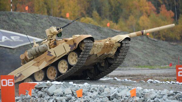 Тенк Т-90С на Међународном сајму оружја, војне опреме и муниције у Нижљем Тагилу. - Sputnik Србија