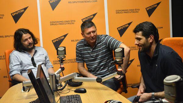 Novinar Muharem Bazdulj, bivši altelitačar Slobodan Branković i bivši vaterpolista Aleksandar Šapić - Sputnik Srbija