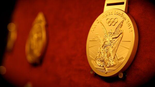Златна медаља са Олимпијских игара у Лондону 2012. - Sputnik Србија