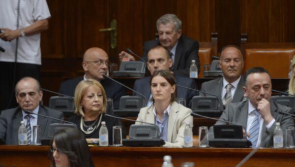Kandidati za ministre Vlade Srbije tokom sednice u Skupštini Srbije. - Sputnik Srbija