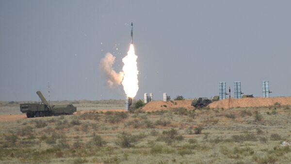Ракетни комплекс С-300ПС - Sputnik Србија